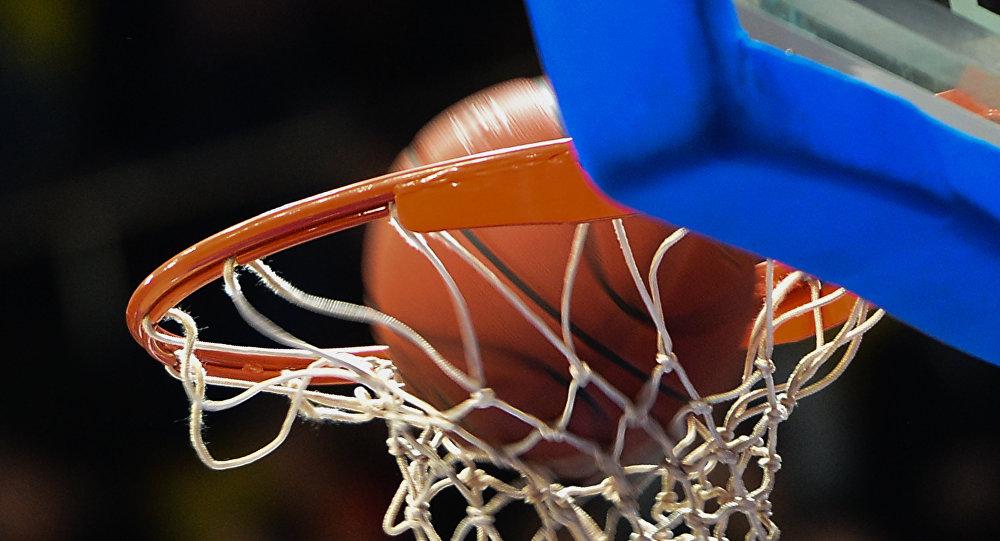 Баскетбол тобу. Архивдик сүрөт