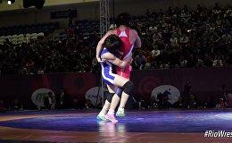 Захваты и броски: видео схваток Тыныбековой и ее соперниц по Олимпиаде