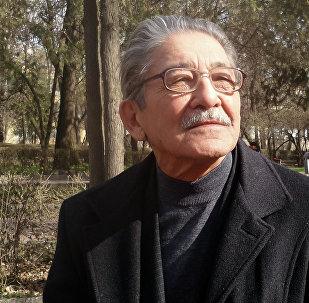 Депутат легендарного парламента, народный писатель Кыргызстана Мар Байджиев. Архивное фото