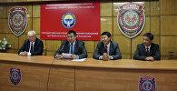 Алик Мамыркулов назначен новым председателем Государственной службы исполнения наказаний (второй справа)