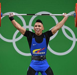 Тяжелоатлет из Колумбии Луис Хавьер Москера Лозано на олимпийских играх в Рио