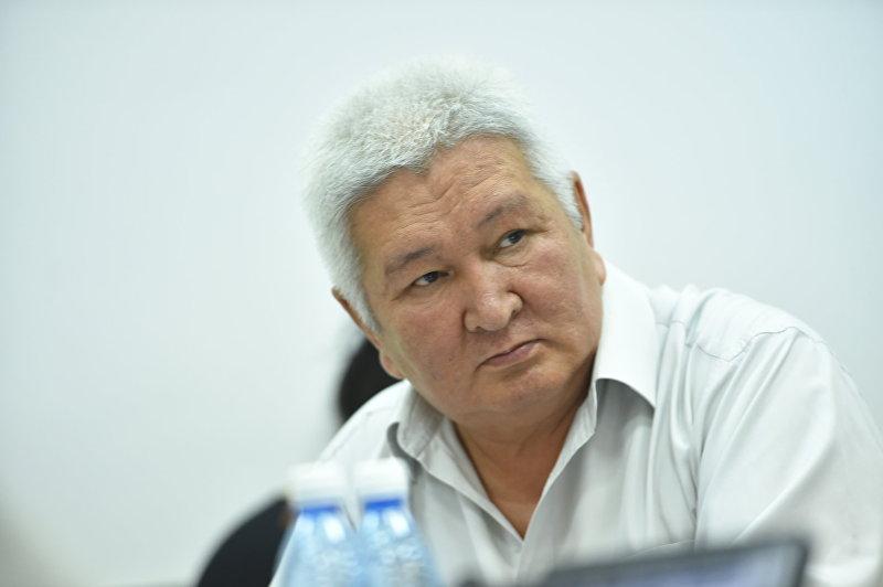 Экс-Депутат Жогорку V созыва Феликс Кулов на круглом столе по вопросу введения поправок в Конституцию