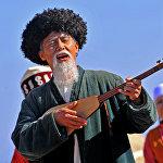 Поэт и комузист Токтогул Сатылганов