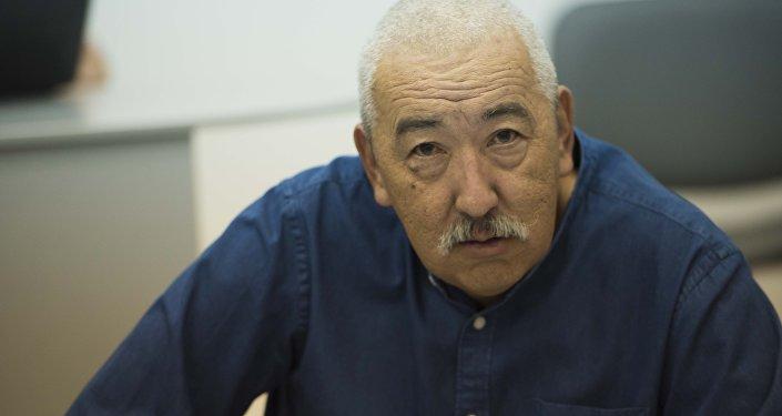 ЖК депутаты Исхак Масалиевдин архивдик сүрөтү