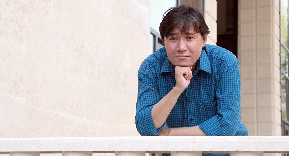 Актер Азиз Мурадиллаев впервые сыграет в спектакле после операции
