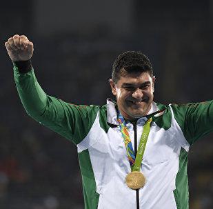 Олимпийский чемпион по метанию молота из Таджикистана Дильшод Назаров на XXXI летних Олимпийских играх