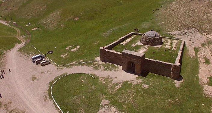 Ажайып Кыргызстан — Байыркы тарыхты ичине батырган сырдуу Таш-Рабат