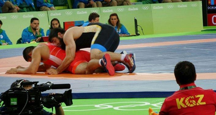 97 килограмм салмактык категорияда килемге чыккан Магомед Мусаев мындан ары 1/4 финалда кармашат.