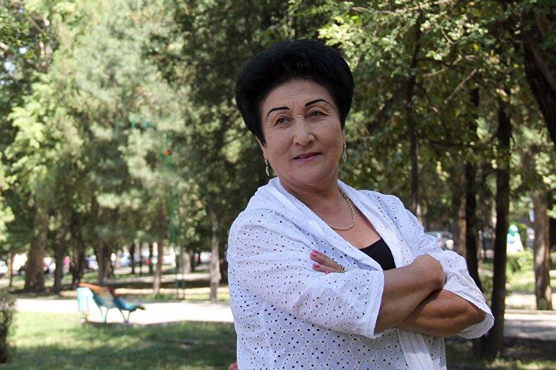 Народная артистка Кыргызской Республики Гулшайыр Садыбакасова.