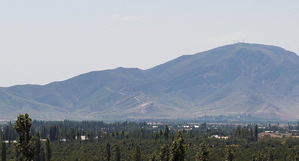 Узбекистан объявил спорную гору наюге Киргизии собственной территорией
