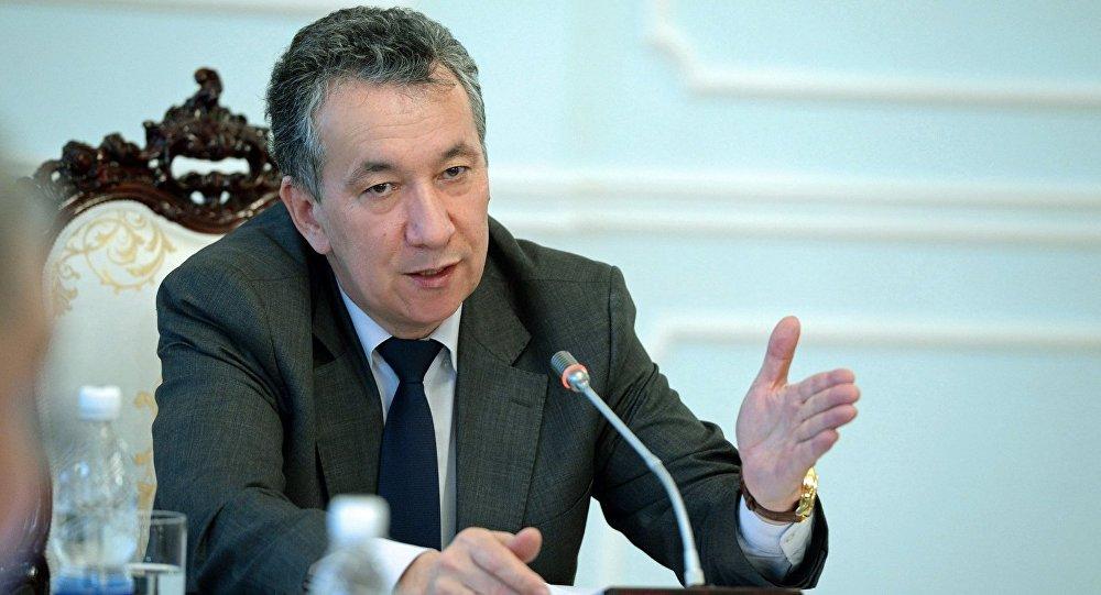 Президенттик аппараттын жетекчиси Фарид Ниязовдун архивдик сүрөту
