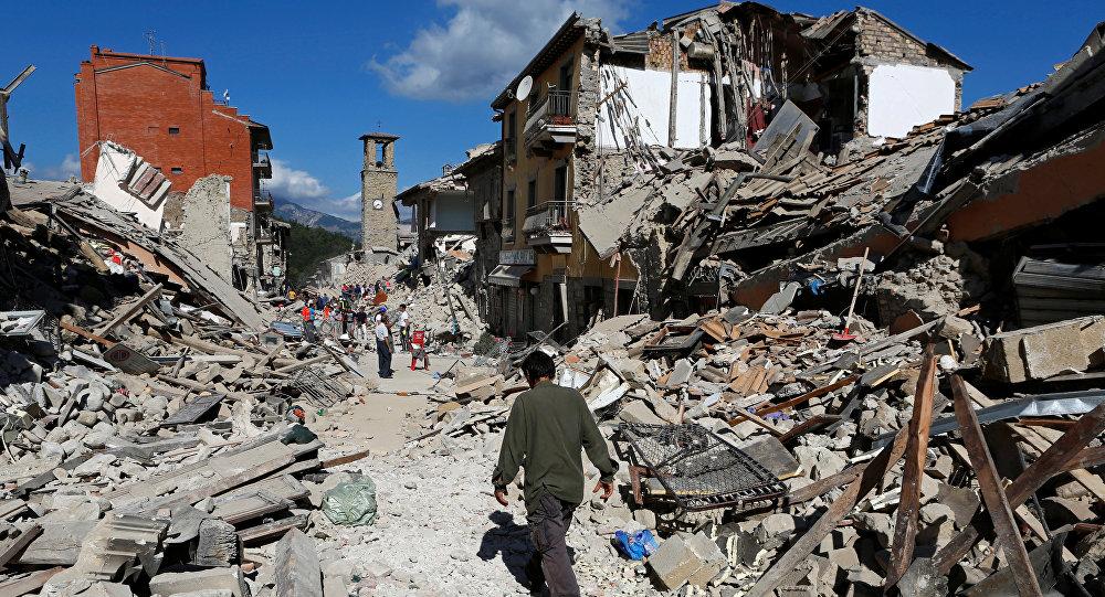 Путин предложил Италии помощь вликвидации последствий землетрясения