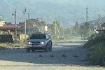 Автомобиль на улице Бакаева в Бишкеке