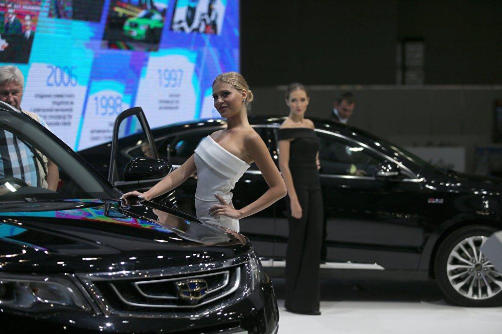 Работа для девушек рекламировать автомобили автоматическая модерация в яндекс директе