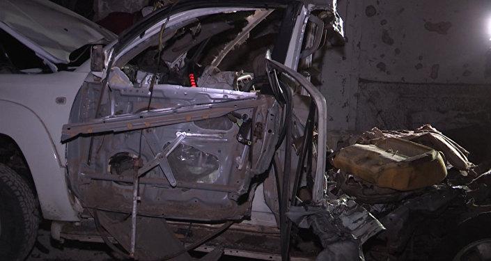 Боевики взорвали машину и напали на ресторан в Сомали. Кадры с места ЧП
