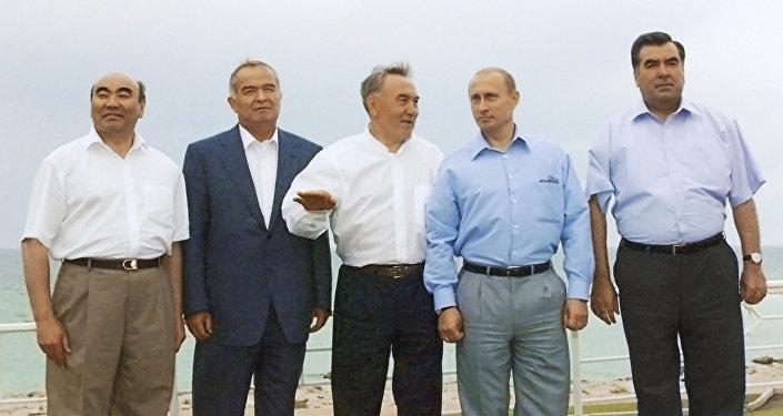 Борбор Азиядагы өлкөлөрдүн мурдагы президенттери. Архивдик сүрөт