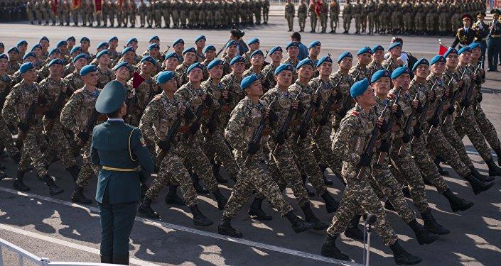 ВБишкеке прошел парад вчесть 25-летия независимости Кыргызстана