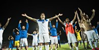 Футболисты сборной Кыргызстана после победы в товарищеском матче между сборными Кыргызстана и Казахстана. Архивное фото