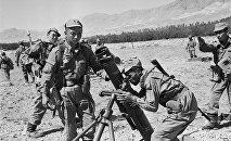 Баткен согушундагы кыргыз аскерлери. 1999-жыл. Архивдик сүрөт