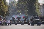 Военная техника на площади Ала-Тоо. Архивное фото