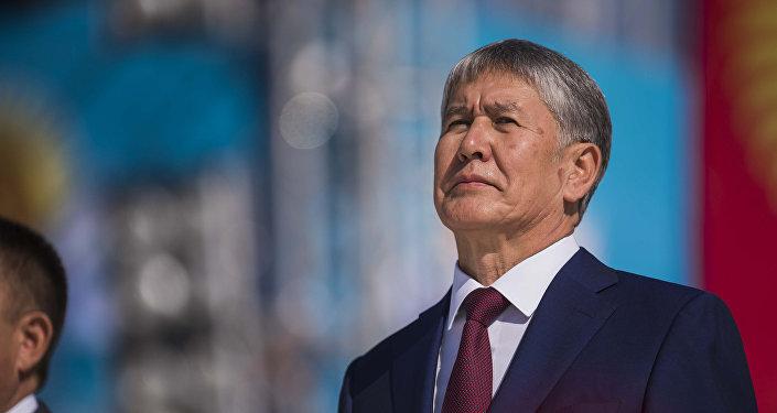Кыргызстандын мурдагы президенти Алмазбек Атамбаев. Архив