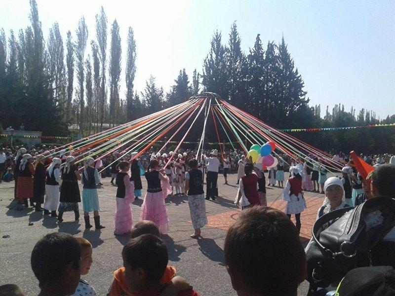 Празднование 25-летия независимости Кыргызстана в Ала-Буке
