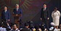 Президент КР Сооронбай Жээнбеков, экс-главы КР Амазбек Атамбаев и Роза Отунбаева. Архивнео фото