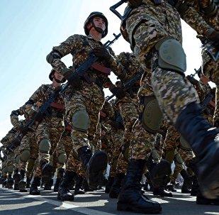 Военнослужащие армии КР. Архивное фото