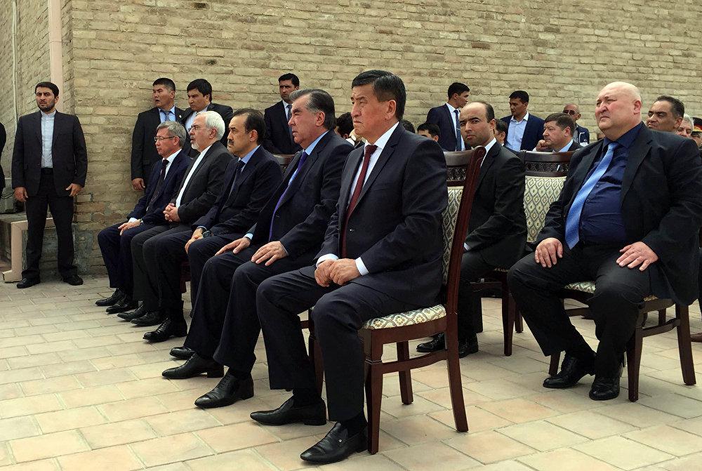 Өзбекстан үч күн аза күтөт
