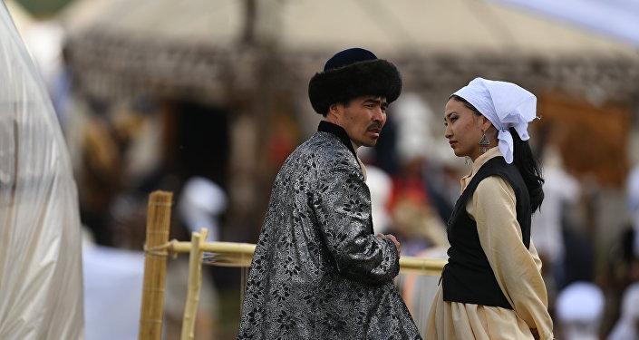 Мужчина и женщина. Архивное фото