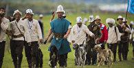 Кыргызские спортсмены во время национальных игр салбуруун. Архивное фото