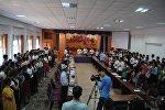Участники круглого стола не тему экстремизма в городе Джалал-Абад