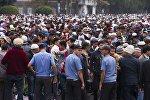 Бишкектеги айт-намаздагы милиция кызматкерлери. Архивдик сүрөтү
