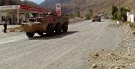 Военная техника Китая проезжает в Нарынской области и едет в Балыкчи для принятия участия в учениях ШОС Мирная миссия — 2016