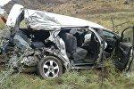 Бишкек — Ош кан жолунда HOWO үлгүсүндөгү жүк ташуучу унаа менен Toyota жеңил машинасы кагышты