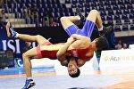 Тбилисиде өтүп жаткан дүйнөлүк чемпионатта грек-рим күрөшү боюнча кадеттер арасында 16 жаштагы Акжол Махмудов
