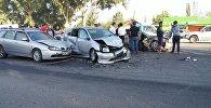 Столкновение четырех легковых автомобилей в Бишкеке
