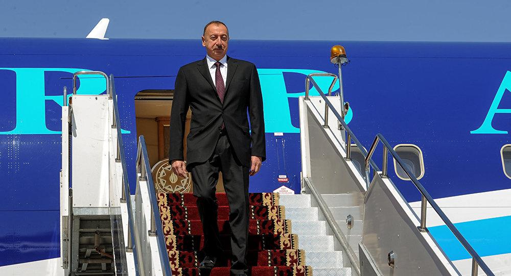 Президент Азербайджана участвует в совещании Совета глав стран СНГ вБишкеке