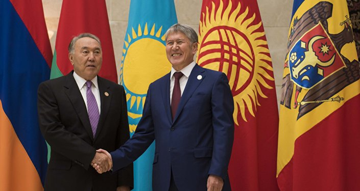 Атамбаев и президент Казахстана Нурсултан Назарбаев