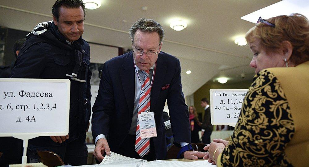Наблюдатели ОБСЕ пока незафиксировали нарушений навыборах в Государственную думу