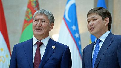 Экс-президент и премьер-министр Кыргызстана Алмазбек Атамбаев и бывший премьер-министр Сапар Исаков. Архивное фото