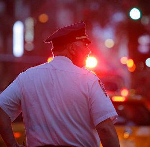 Архивное фото сотрудника полиции США