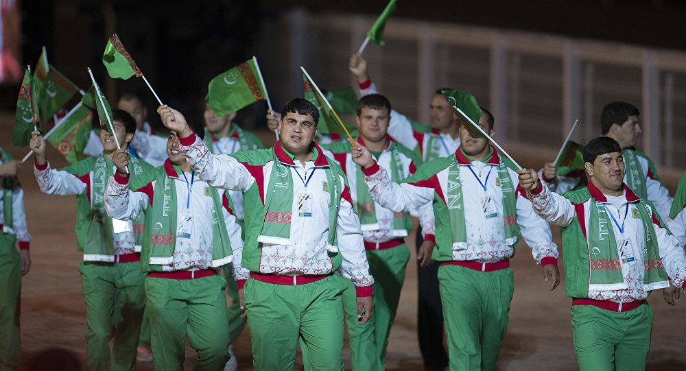 Спортсмены из Туркменистана на церемонии открытия Вторых Всемирных игр кочевников