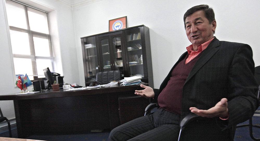 Заочно осужденный на пожизненный срок и объявленный в розыск экс-депутат Жогорку Кенеша Кадыржан Батыров. Архивное фото