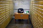 Сотрудник на работе. Архивное фото