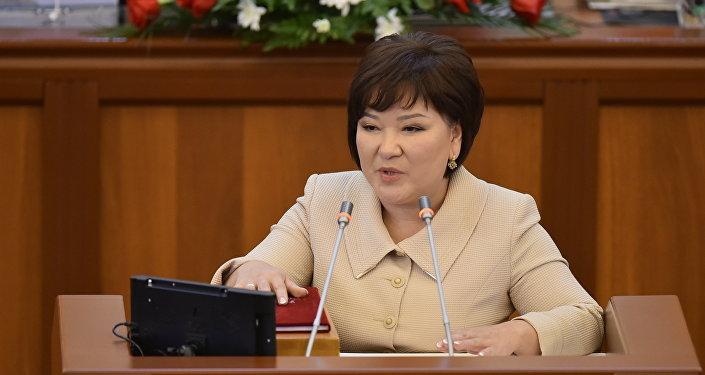 Депутат Рада Туманбаеванын архивдик сүрөтү
