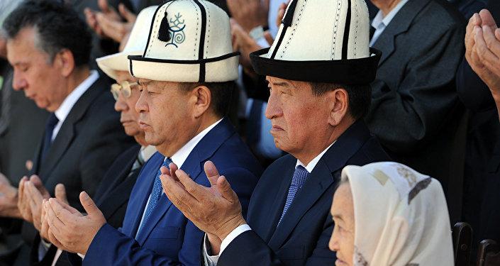 В Бишкеке открыт памятник государственному и общественному деятелю, Герою Кыргызстана Турдакуну Усубалиеву