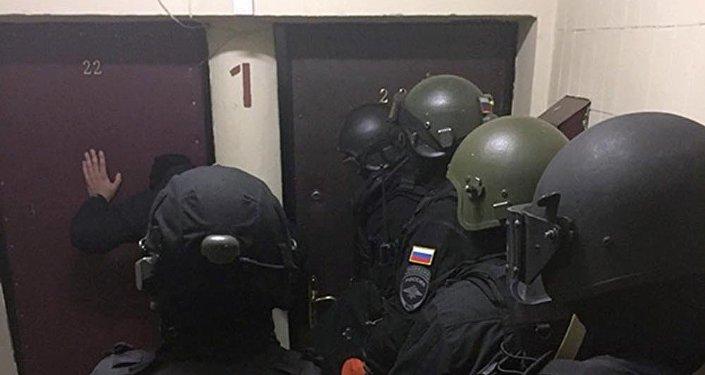 ВБишкеке милиционеры подкидывали наркотики ивымогали деньги