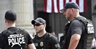 Архивное фото сотрудников полиции США