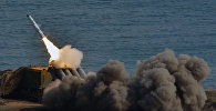 Архивное фото берегового ракетного комплекса Бал